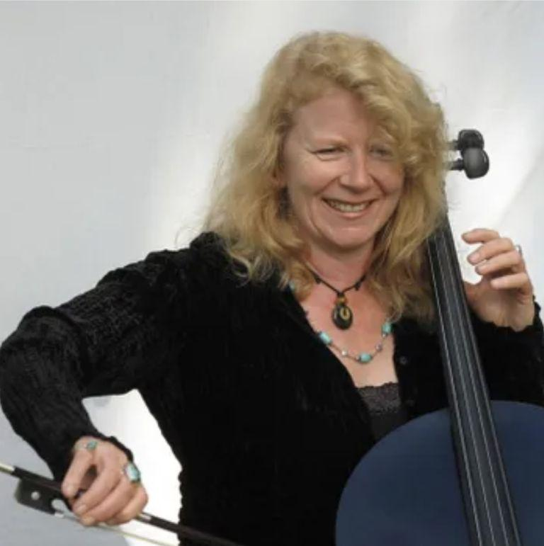 MarthaColby-Cellist
